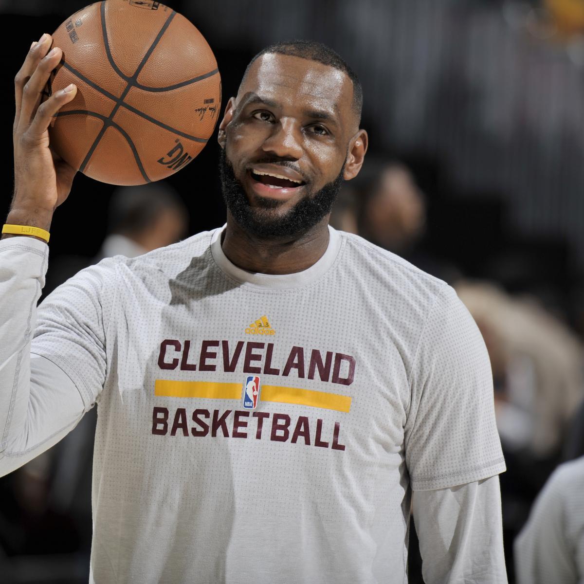 LeBron James, Cavaliers Teammates Attend Michigan vs. Ohio State