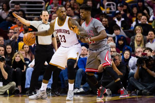 a6c5d762b LeBron s Cavs Fall to Wade s Bulls After World Series Bet