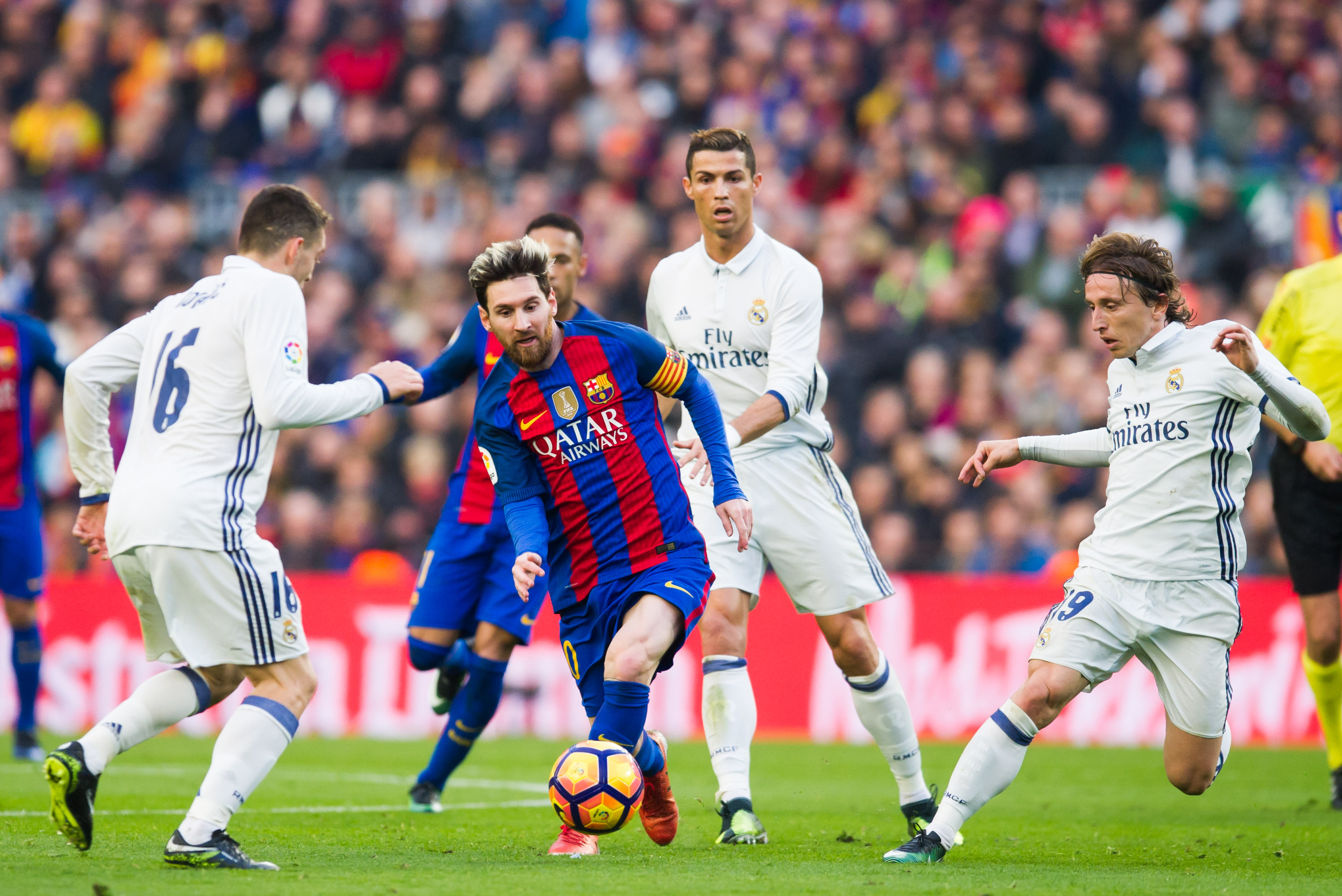 Barcelona Vs Real Madrid Score And Reaction From 2016 El Clasico Bleacher Report Latest News Videos And Highlights