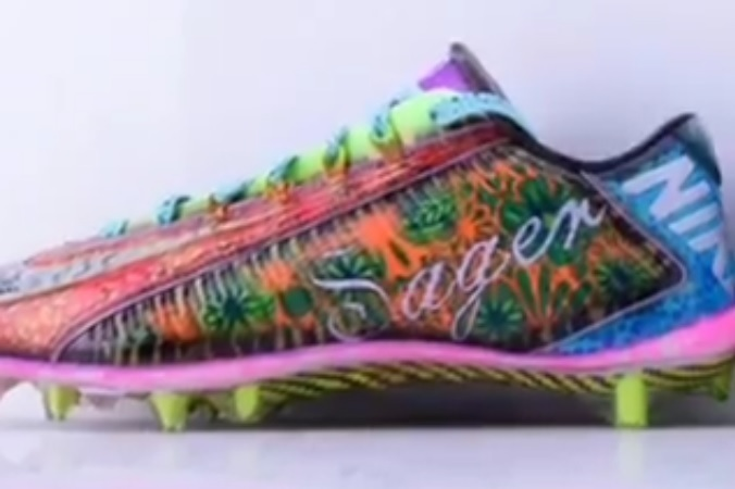 Odell Beckham Jr. Will Honor the Late Craig Sager with Custom Cleats ... 9ba53267e