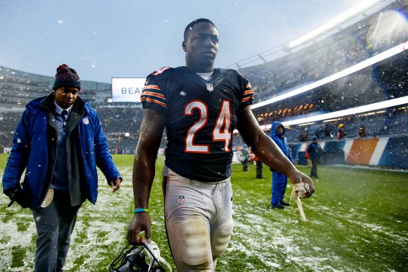 best website 752dd 89ae6 Jordan Howard: The Other Rookie RB Taking the NFL by Storm ...