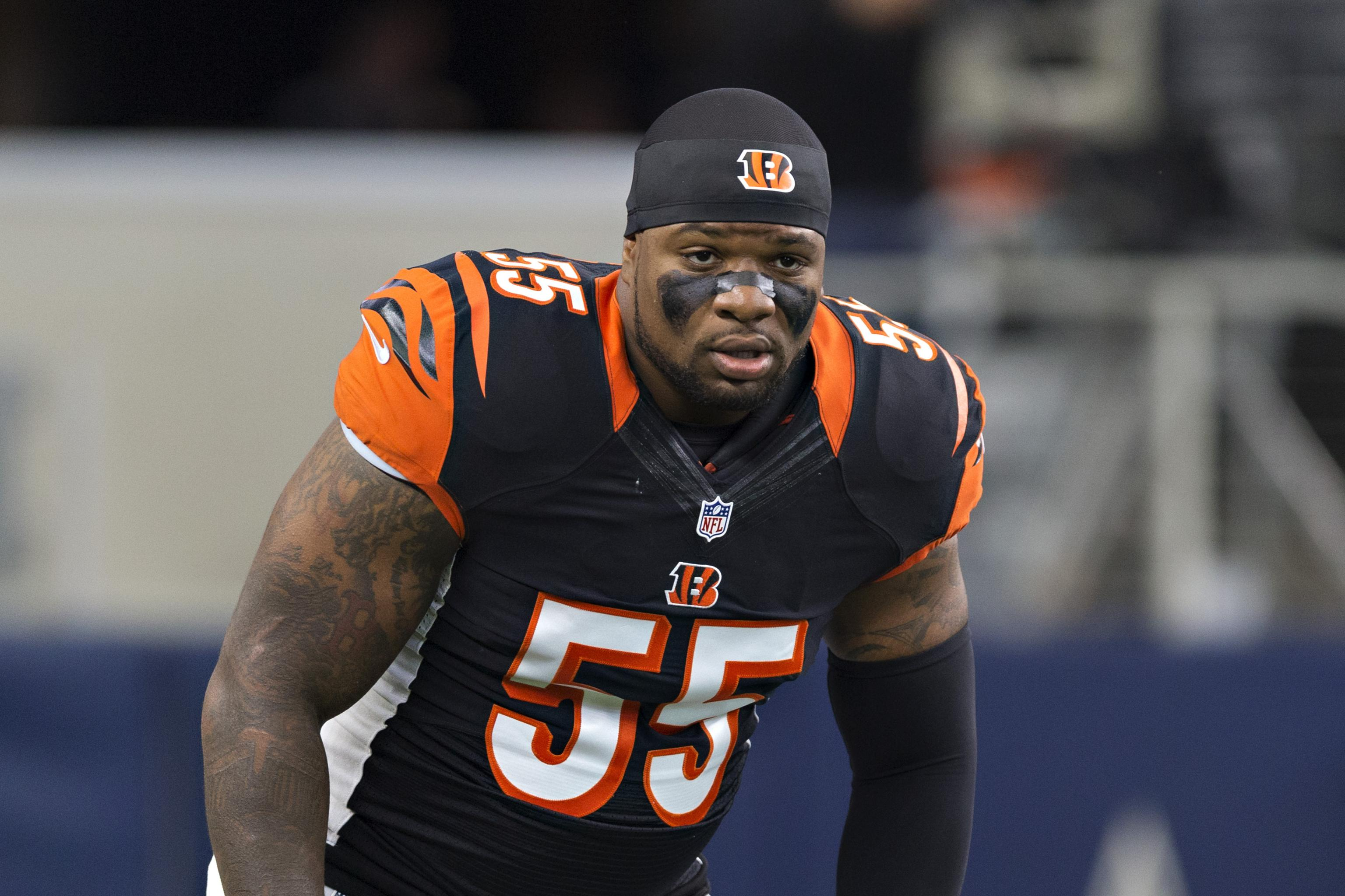 big sale 1de72 88981 Vontaze Burfict Carted off with Head Injury After Dirty JuJu ...