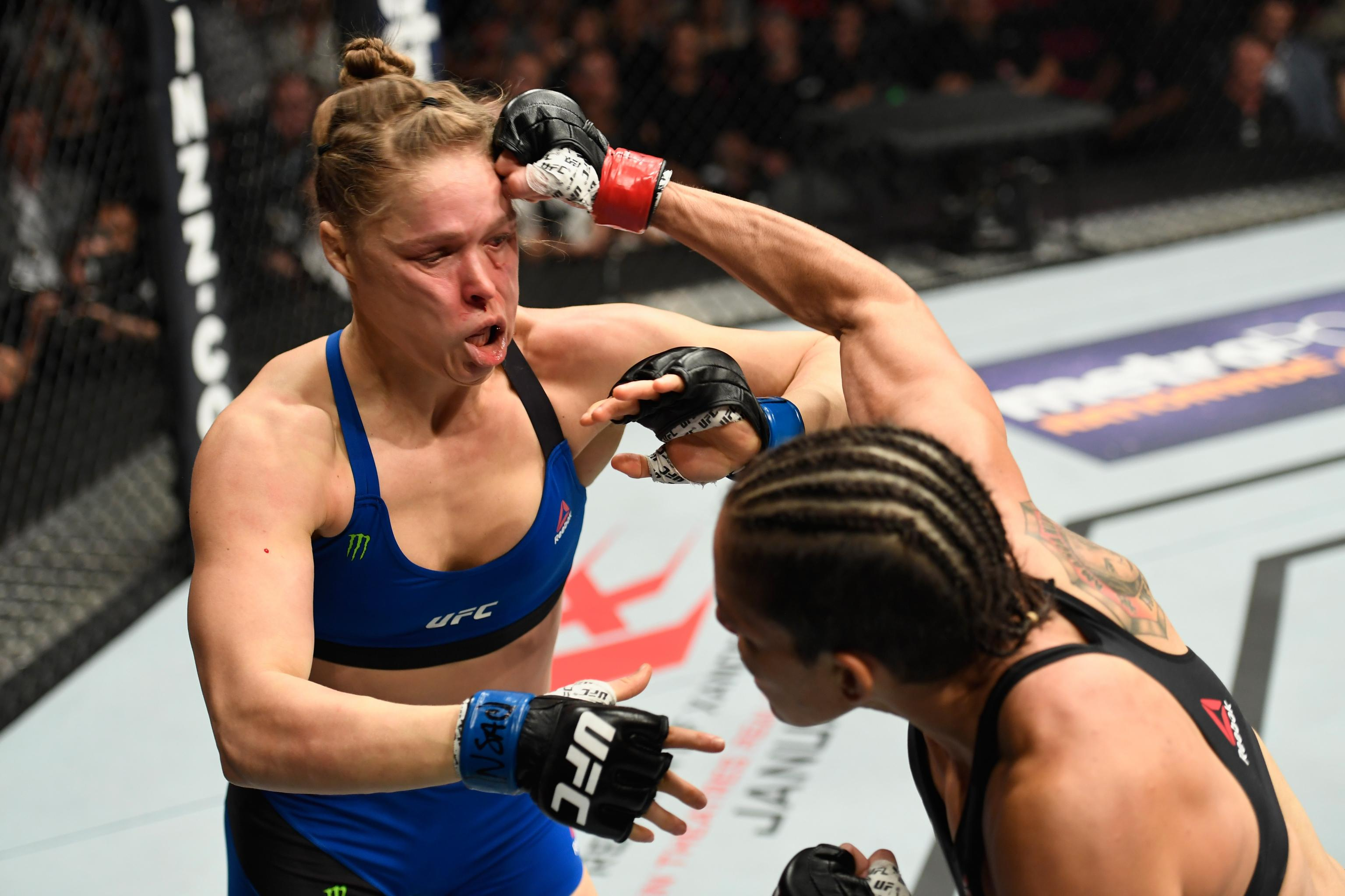 Nunes Vs Rousey Results Winner And Knockout Reaction From Ufc 207 Bleacher Report Latest News Videos And Highlights