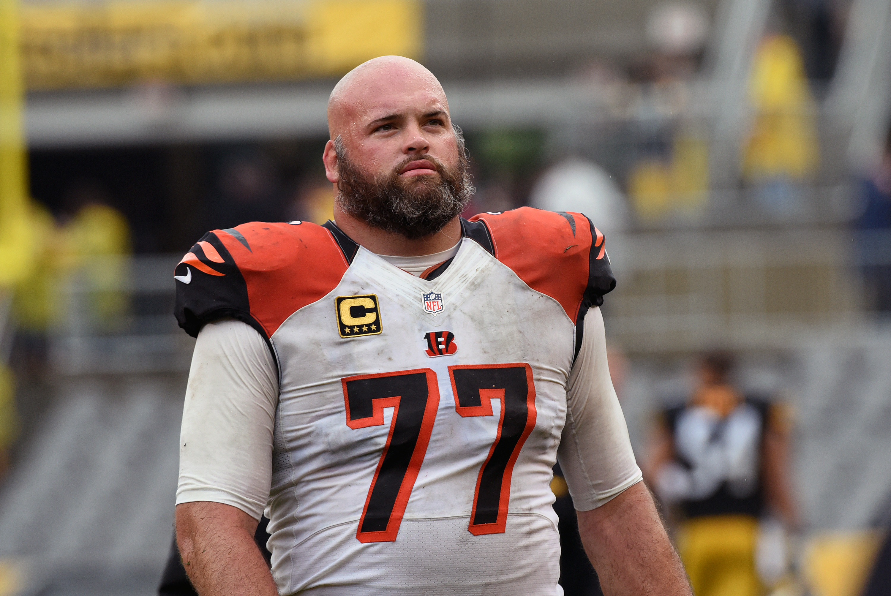 factory price ec268 2bb71 Andrew Whitworth Agrees to Reported 3-Year, $36 Million ...
