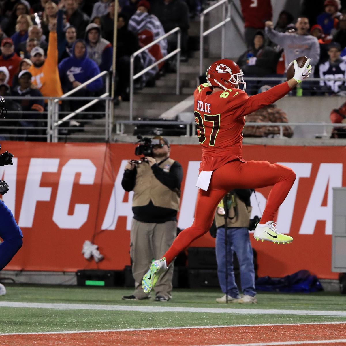 new product 581c1 e9d91 Pro Bowl MVP 2017: Travis Kelce, Lorenzo Alexander Earn Top ...