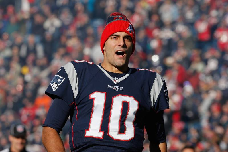 best website f81b1 f7e75 Jimmy Garoppolo Traded to 49ers; Patriots Receive 2nd-Round ...
