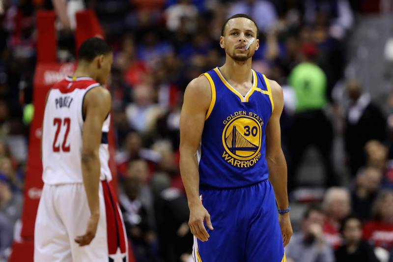 6595529a69ad It s Time for Warriors to Unleash Stephen Curry in Kevin Durant s Absence
