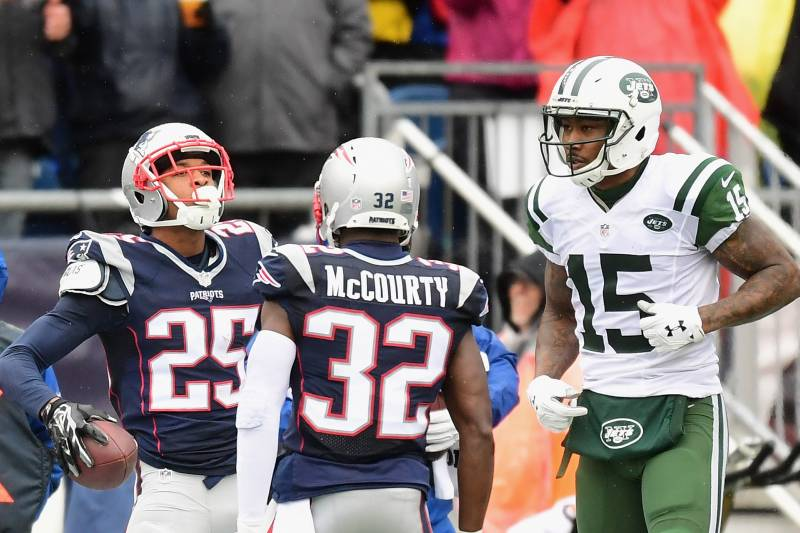 huge selection of cada9 da445 Brandon Marshall, Patriots Reportedly Have 'Mutual Interest ...