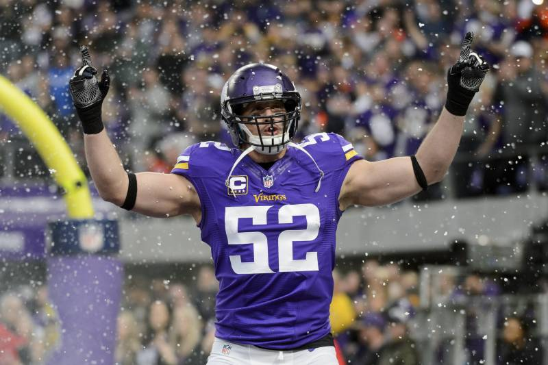 best sneakers e68af adfb0 Chad Greenway to Announce Retirement After 11-Year NFL ...