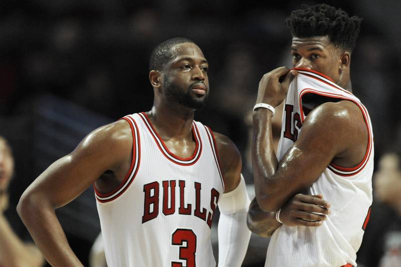 Chicago Bulls  Dwyane Wade (3) and Jimmy Butler (21) react during be4ace3f8