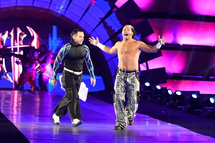 944cdba0 Matt and Jeff Hardy Retain WWE Raw Tag Team Title over Gallows and ...
