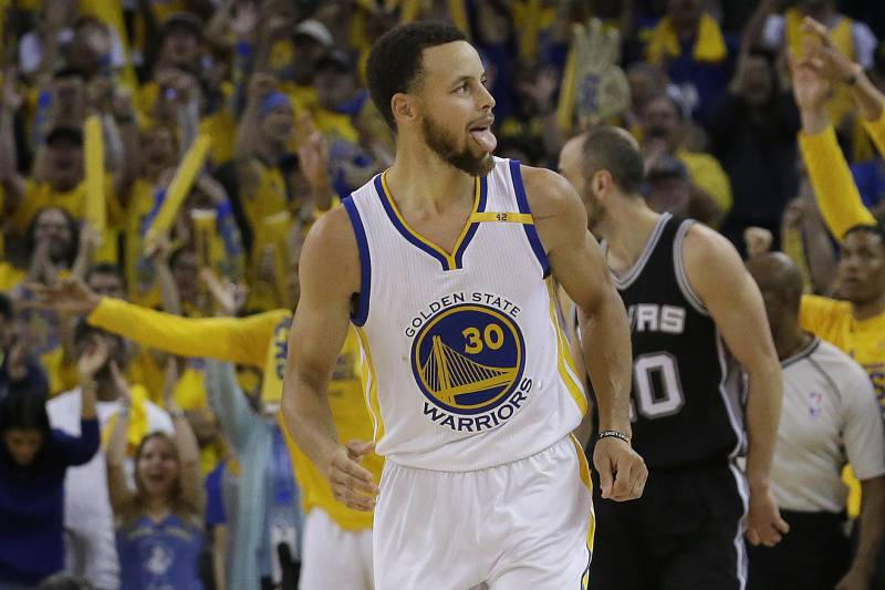 8ff671f8d12 Golden State Warriors guard Stephen Curry (30) reacts after scoring against  the San Antonio