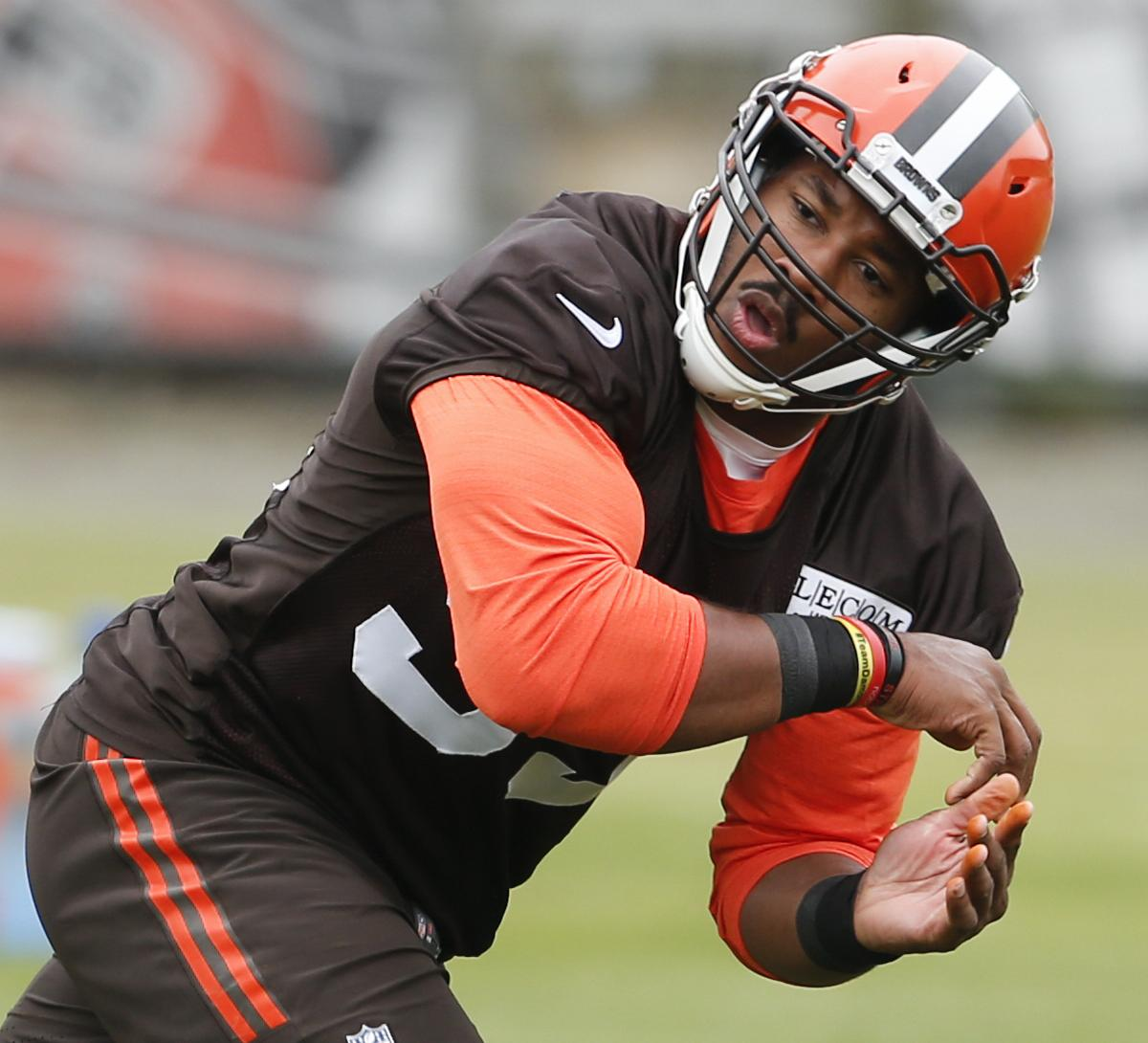 Hottest Rookie Storylines During NFL Offseason Workouts