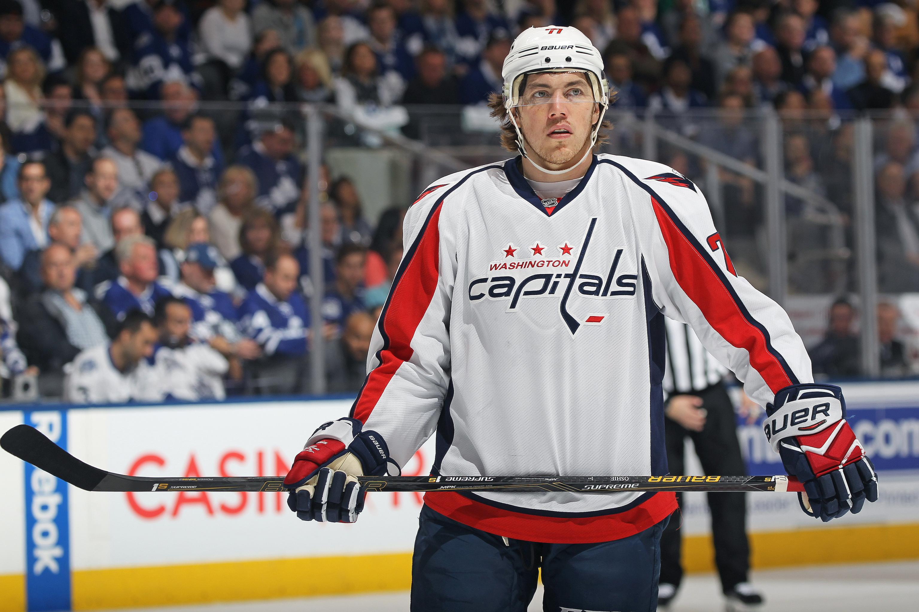 timeless design c7ea0 5f45f T.J. Oshie Re-Signs with Washington Capitals on 8-Year ...