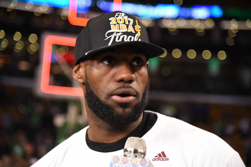 421acecd7 LeBron James  Home Vandalized with Racist Graffiti