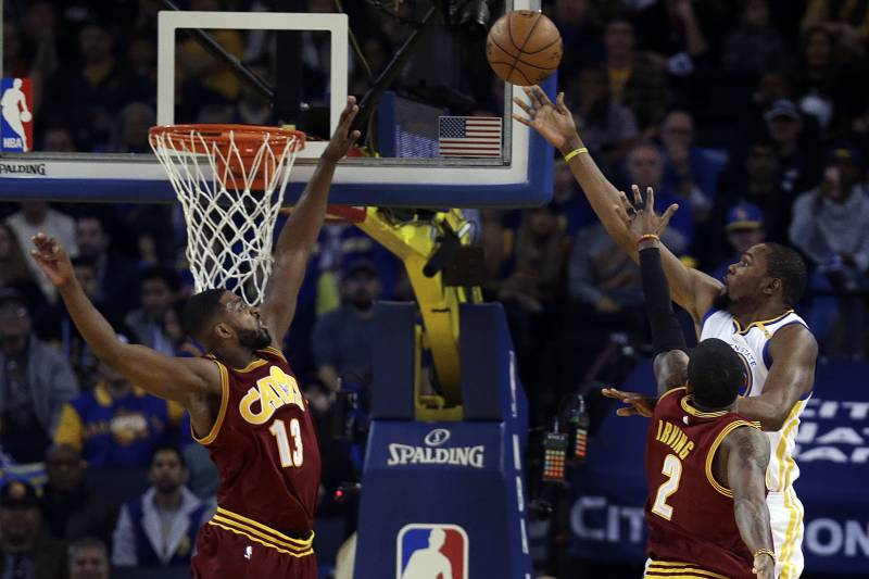 d6e3bc95f11f NBA Finals 2017  Warriors vs. Cavaliers Game 1 Odds