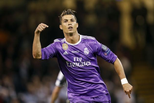 008533ff53f5 Cristiano Ronaldo Announced as FIFA 18 Cover Star