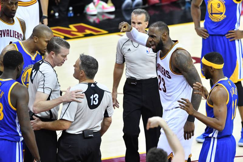 NBA s L2M Report Reveals 2 Missed Calls on LeBron James 8927ded94