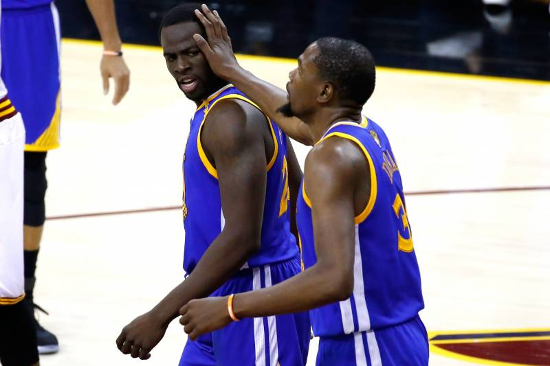 52a5c28123a0 Kevin Durant Says Draymond Green Did Not Call Him After 2016 Finals ...