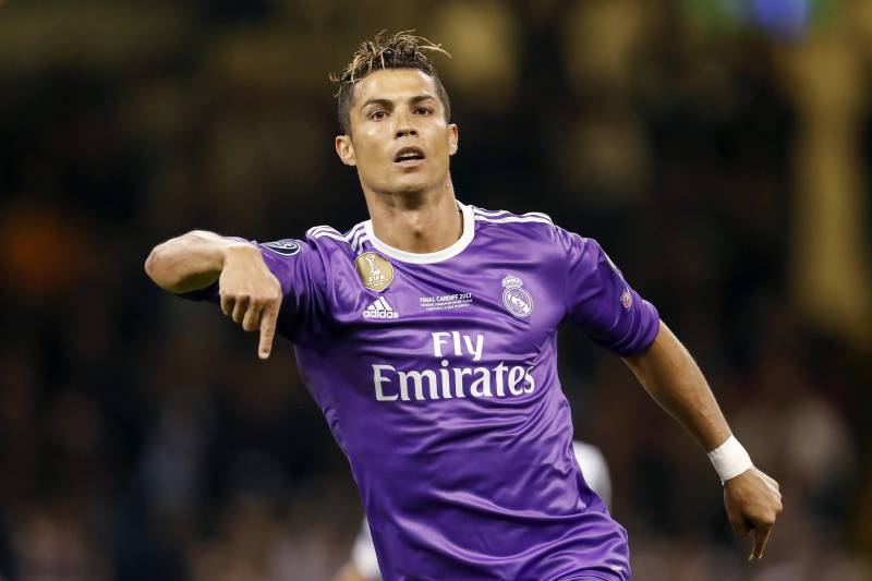 sale retailer b11b9 d4b83 Cristiano Ronaldo Reportedly Wants Real Madrid Exit After ...