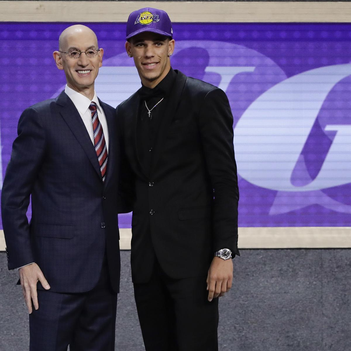 Magic Johnson Calls Lonzo Ball Face of Lakers 05d9f1cf5