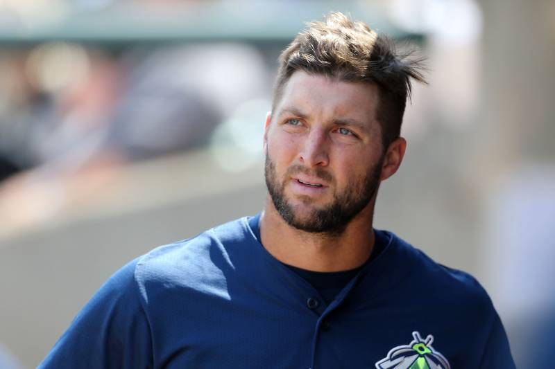 super popular 4ca7c 6d0ee Tim Tebow vs. Michael Jordan: Who Is the Better Baseball ...