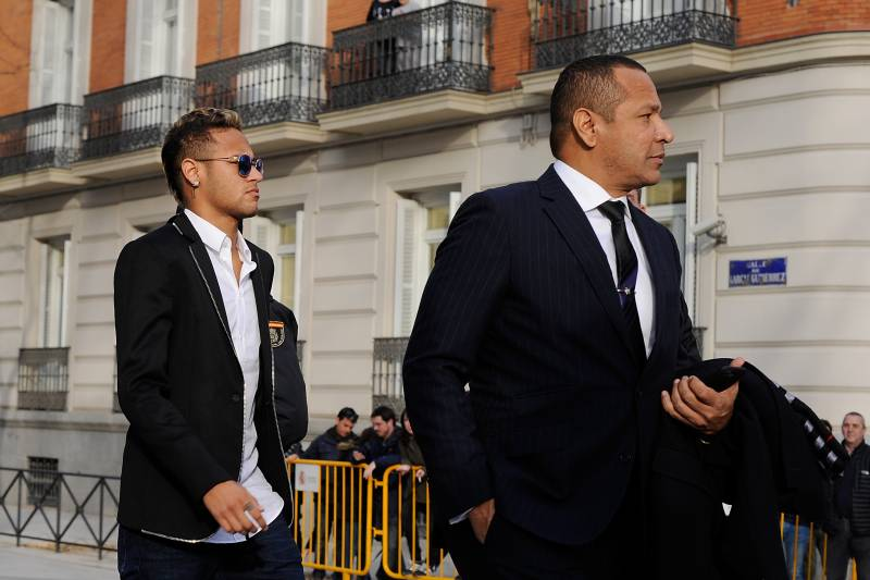 069883da3d3b0 Neymar Suggests PSG Transfer Was Against His Father s Wishes