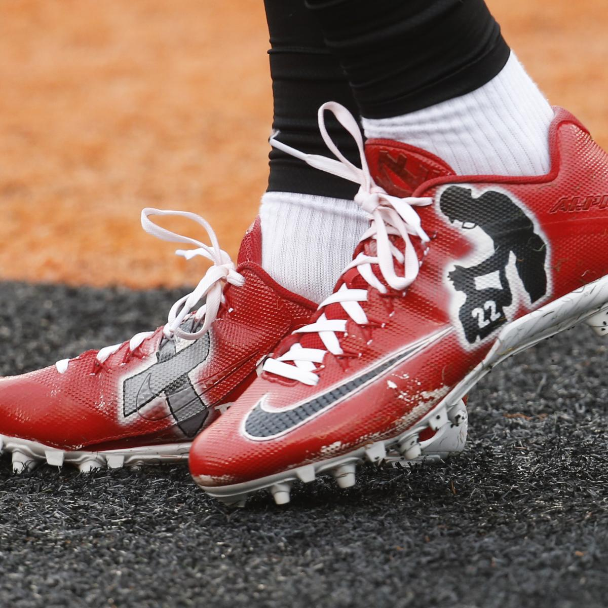 06bba920ec49 NFL Reportedly Allowing Players to Wear More Personalized Cleats Before  Games