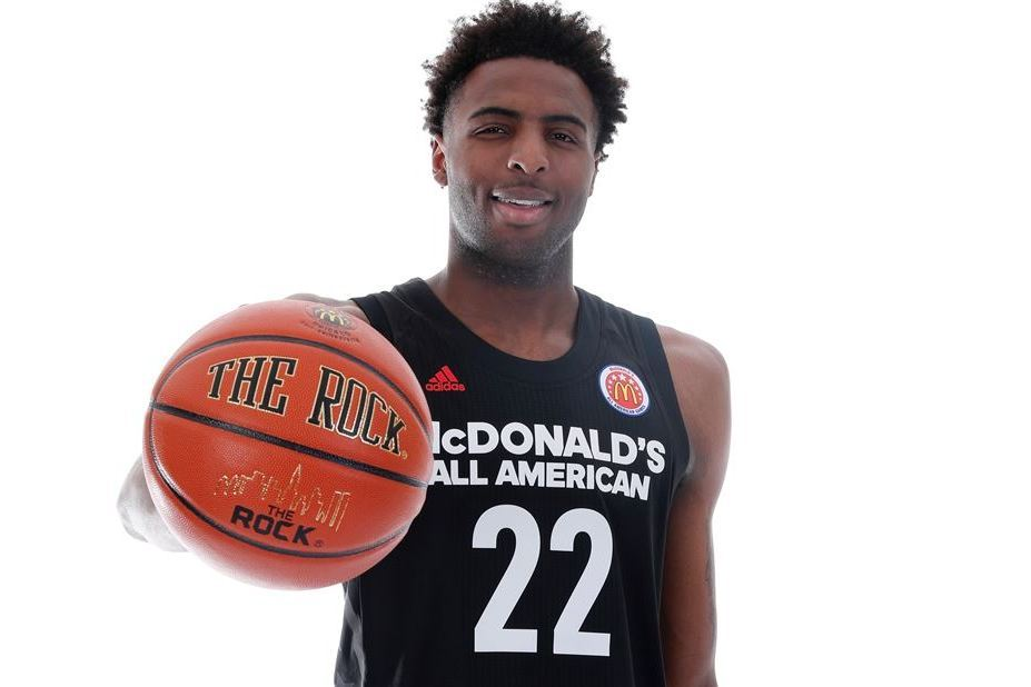 5-Star Prospect Mitchell Robinson Reportedly to Skip College, Focus on NBA Draft
