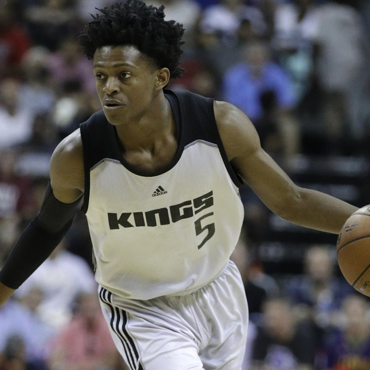 De'Aaron Fox Day-to-Day with Back Injury, Out vs. Trail Blazers