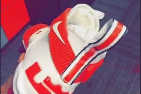 3186a310f515 Ohio State RB Mike Weber Shows off Custom LeBron James Cleats | Bleacher  Report | Latest News, Videos and Highlights