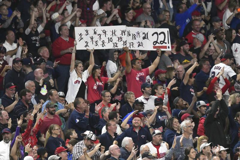 1c119b66395  It s Damned Near Impossible   Inside the Indians  Unforgettable Win Streak