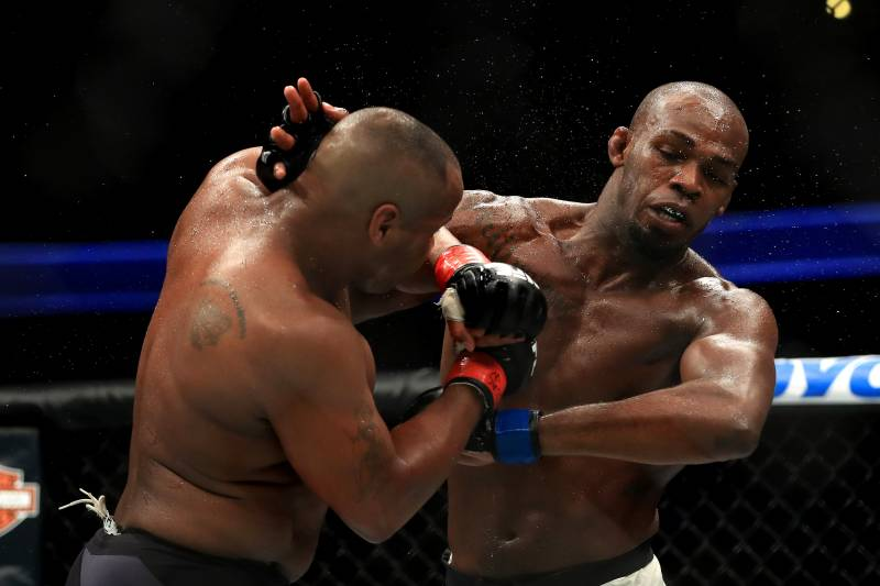 ANAHEIM, CA - JULY 29: Daniel Cormier (L) fights Jon Jones in the Light Heavyweight title bout during UFC 214 at Honda Center on July 29, 2017 in Anaheim, California. (Photo by Sean M. Haffey/Getty Images)