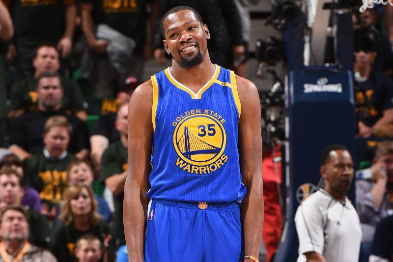 9b64dc636a9a Everything You Need to Know About Kevin Durant s Twitter Fail ...