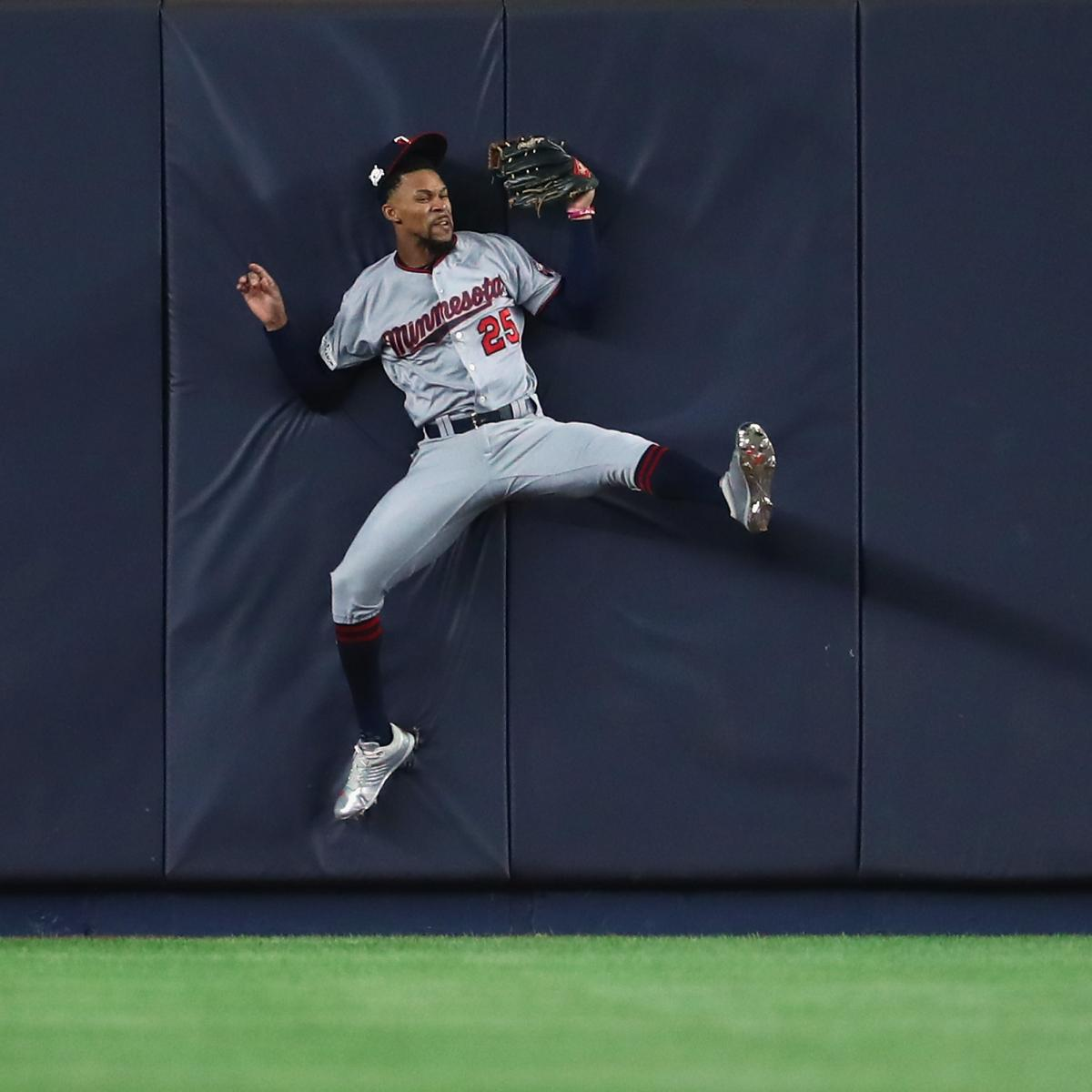 Byron Buxton Removed With Injury After Wall Collision Vs