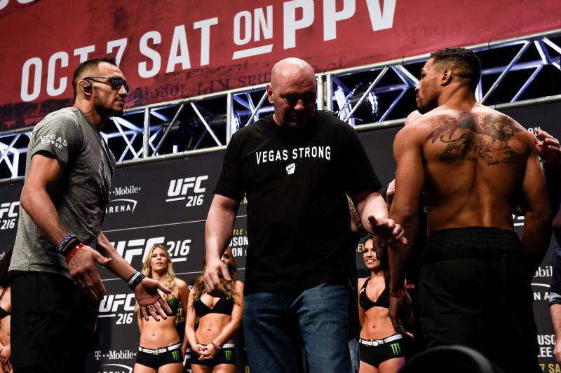 LAS VEGAS, NV - OCTOBER 06: (L-R) Tony Ferguson and Kevin Lee face off during the UFC 216 weigh-in inside T-Mobile Arena on October 6, 2017 in Las Vegas, Nevada. (Photo by Brandon Magnus/Zuffa LLC/Zuffa LLC via Getty Images)