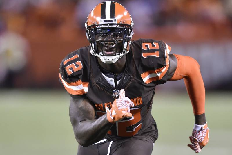 Cleveland Browns wide receiver Josh Gordon runs on a play during the second  half of an 5c7bd056b