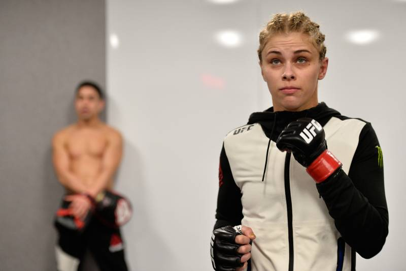 SACRAMENTO, CA - DECEMBER 17: Paige VanZant warms up backstage during the UFC Fight Night event inside the Golden 1 Center Arena on December 17, 2016 in Sacramento, California. (Photo by Brandon Magnus/Zuffa LLC/Zuffa LLC via Getty Images)