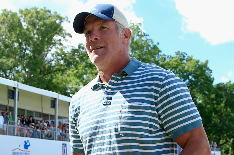 brett favre funding drug to treat concussions more nfl figures  madison wi 24 bret favre during the celebrity foursome to benefit the