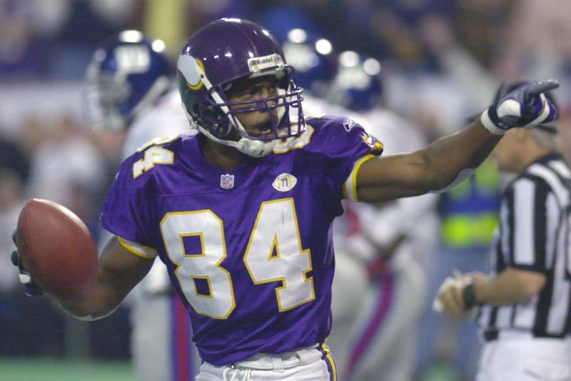 new product 5f7b9 99f0a Randy Moss, Ray Lewis Headline Semifinalists for 2018 Pro ...