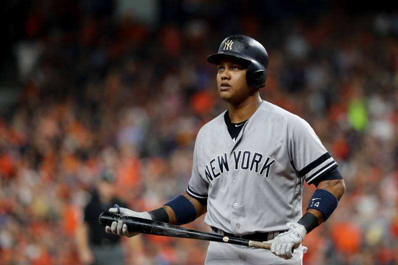 sneakers for cheap f3322 b59ad Report: Starlin Castro on Trade Block After Being Part of ...