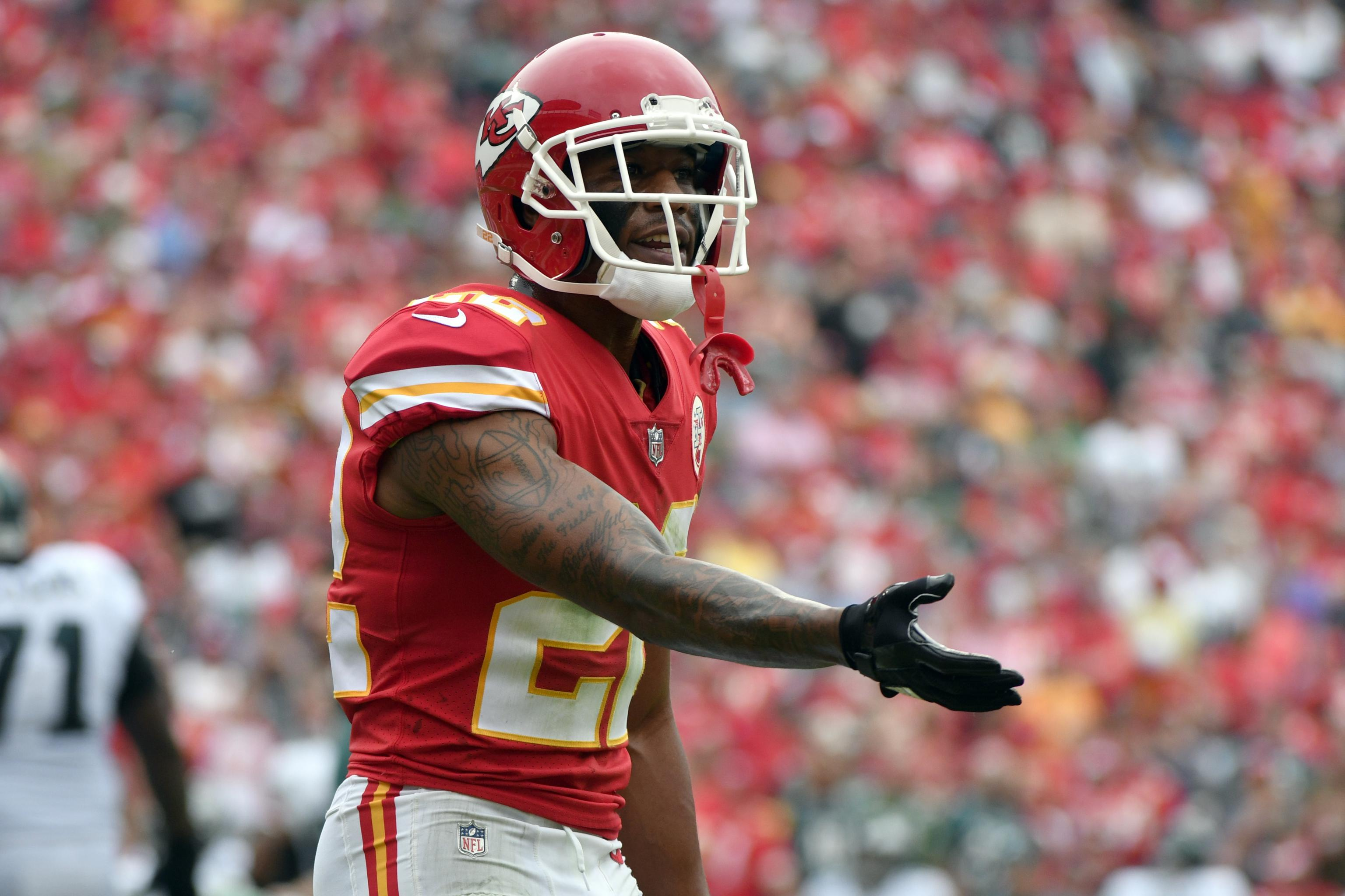 on sale 761a5 643fd Marcus Peters Reportedly Had Altercation with Chiefs Coach ...