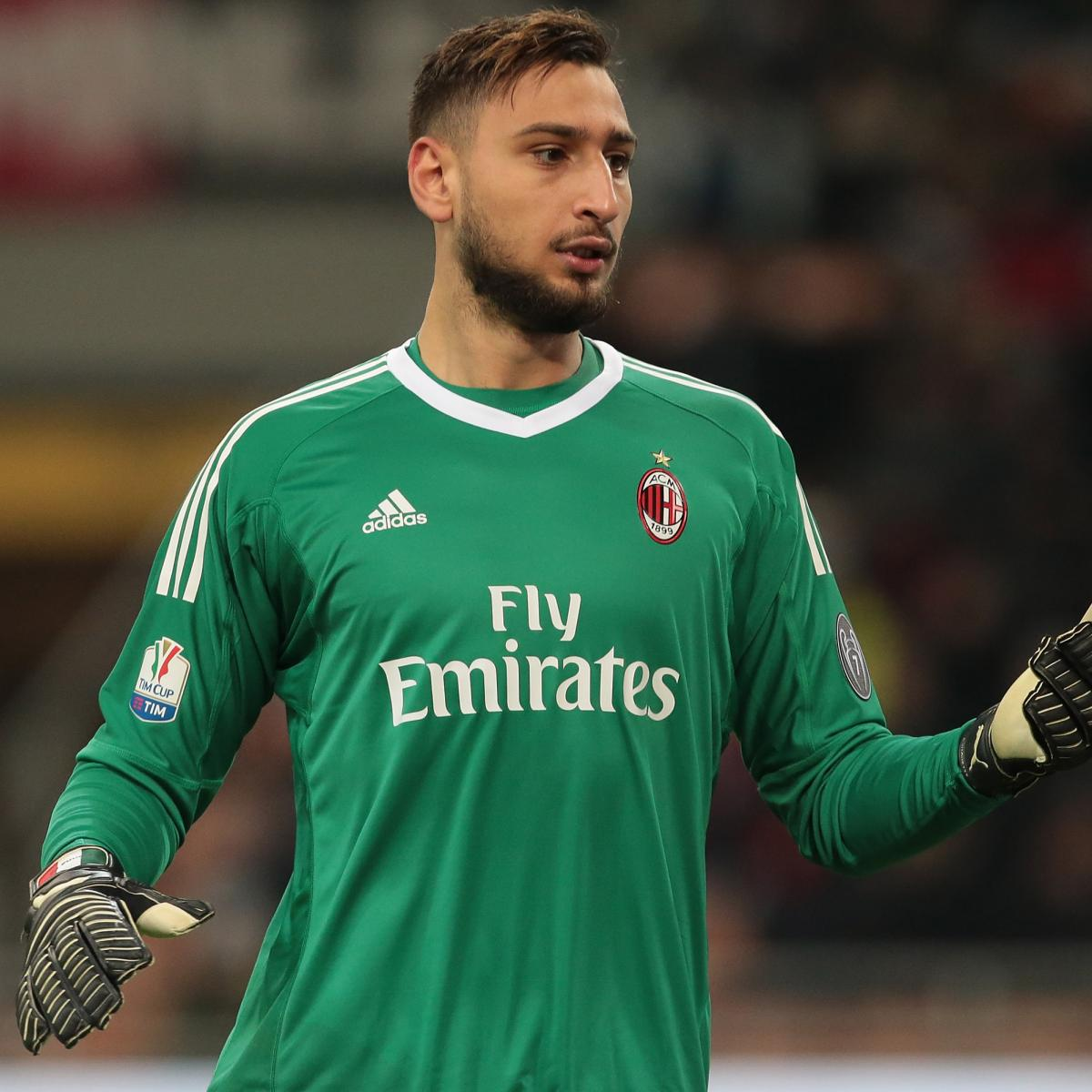 4fc1d852a16 Gianluigi Donnarumma Responds to AC Milan Fan Protest with  Forza Milan   Post