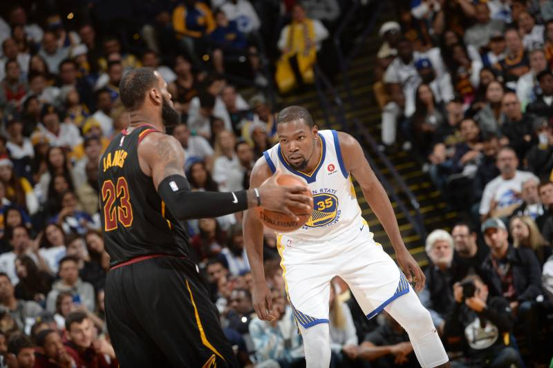 f6bf33636a7 Kevin Durant Fouled LeBron James Multiple Times in Final Minutes ...