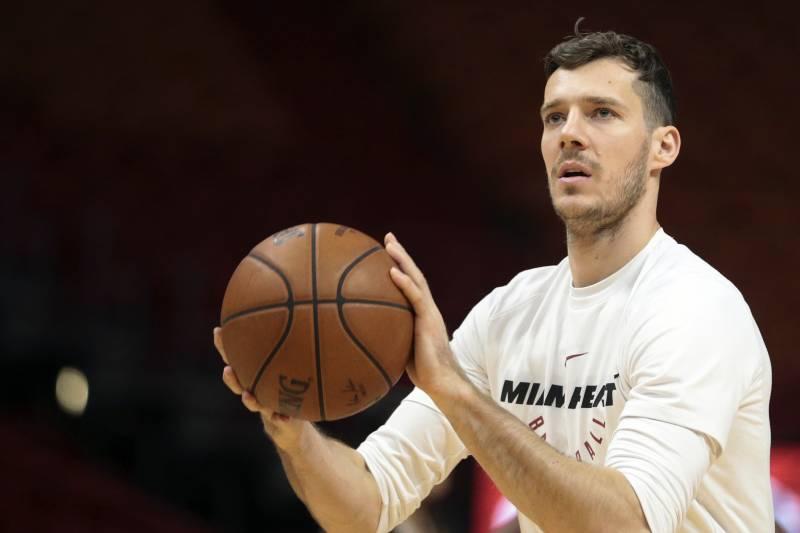 232d80bb Miami Heat guard Goran Dragic (7) warms up prior to an NBA basketball game