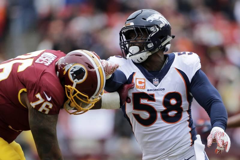 Denver Broncos outside linebacker Von Miller (58) rushes against Washington  Redskins offensive tackle Morgan e67e90a8f