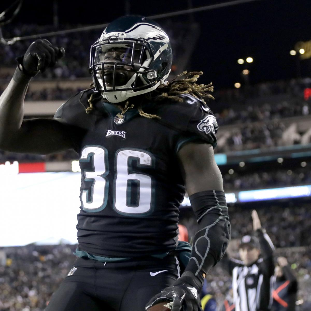 a669eaf8730 Eagles Can Bully Their Way to a Super Bowl LII Win by Leaning on Jay Ajayi