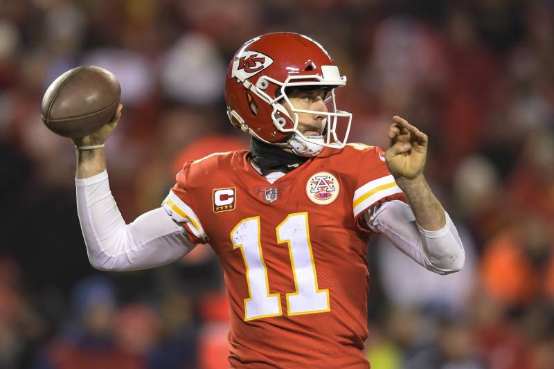 4ad23801af9 Kansas City Chiefs quarterback Alex Smith (11) throws against the Tennessee  Titans during the