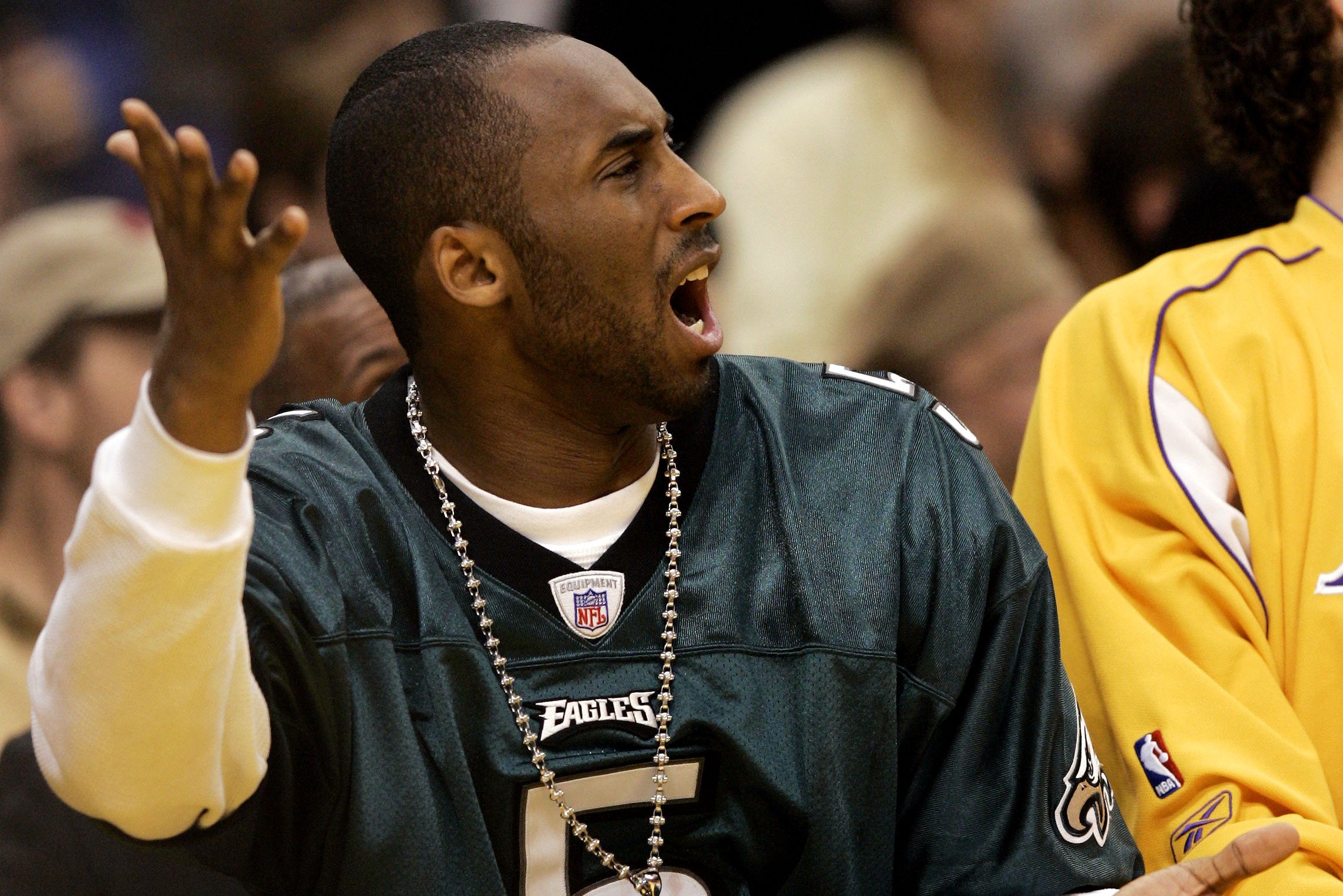 the latest 79a4f c6adb Kobe Bryant Goes Wild Celebrating Eagles' Super Bowl 52 Win ...