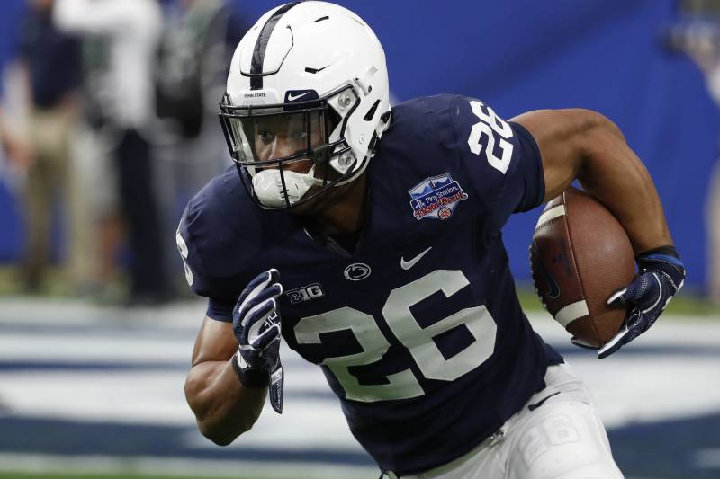 official photos 9f2d3 5ada1 Saquon Barkley Announces Endorsement Contract with Nike ...